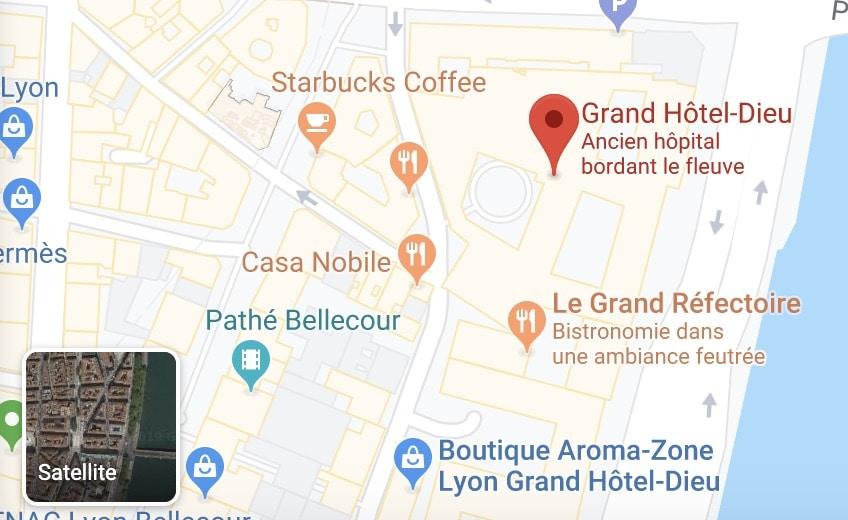 Accéder à la vue satellite sur google maps